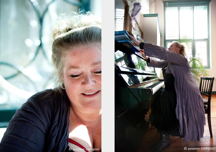 Wiebke Goetjes in gespek gefotografeerd in Monnickendam voor Big Is Beautiful Nederland