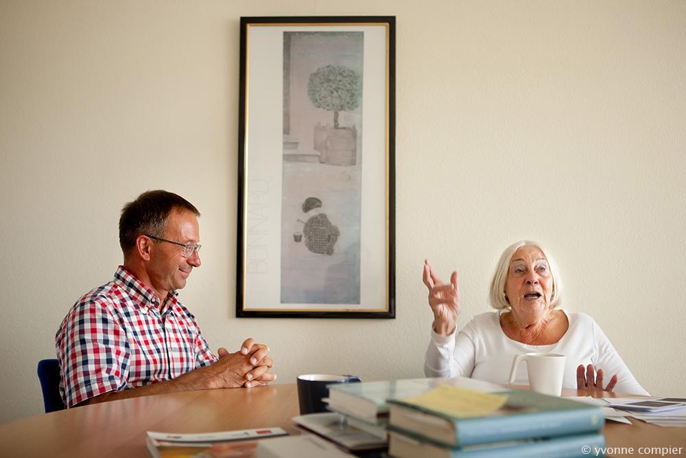 Tracer, Ouderengeneeskunde, Cees Hertogh wordt geinterviewd door een oudere dame
