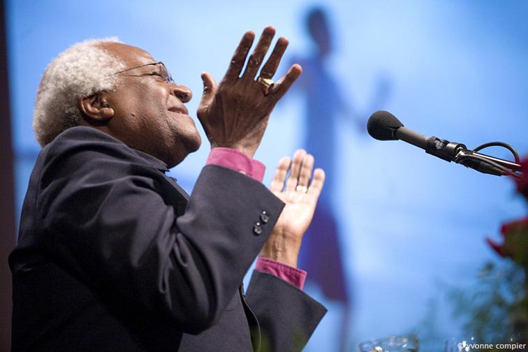 FSW, Tutu bezoekt Vu voor lezing en ontmoeting mensen